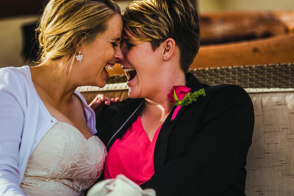 san diego wedding   photographer | women sitting down laughing