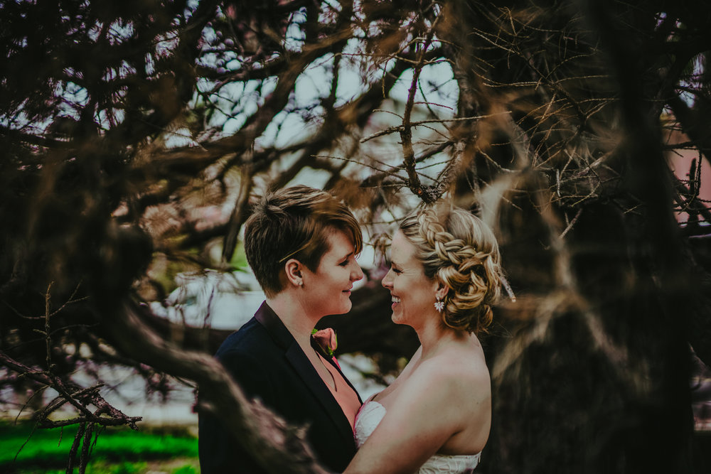 san diego wedding   photographer | women standing and smiling under tree