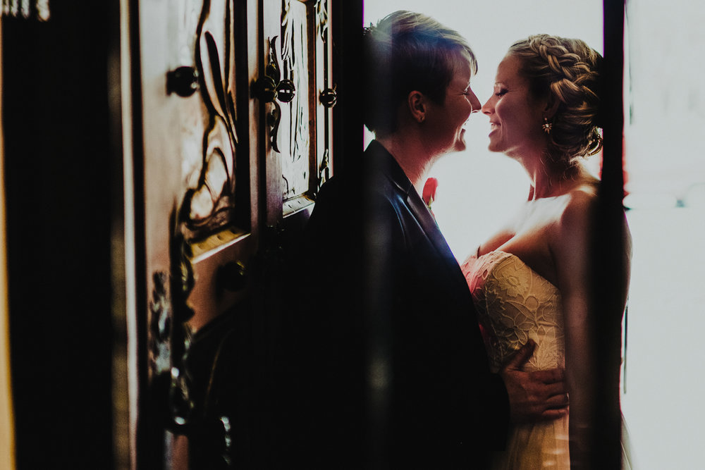 SAN DIEGO WEDDING PHOTOGRAPHER | SANTA BARBARA COURTHOUSE ELOPEMENT
