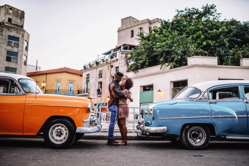 San Diego Wedding Photographer | Havana engagement session