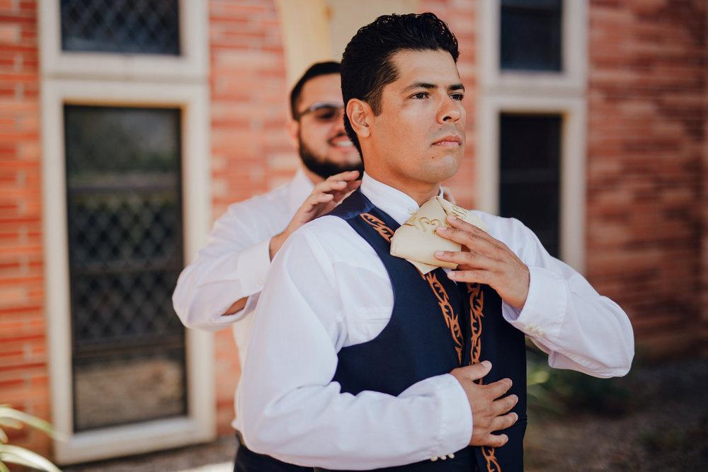 San Diego Wedding Photographer | groom getting ready for wedding with best man