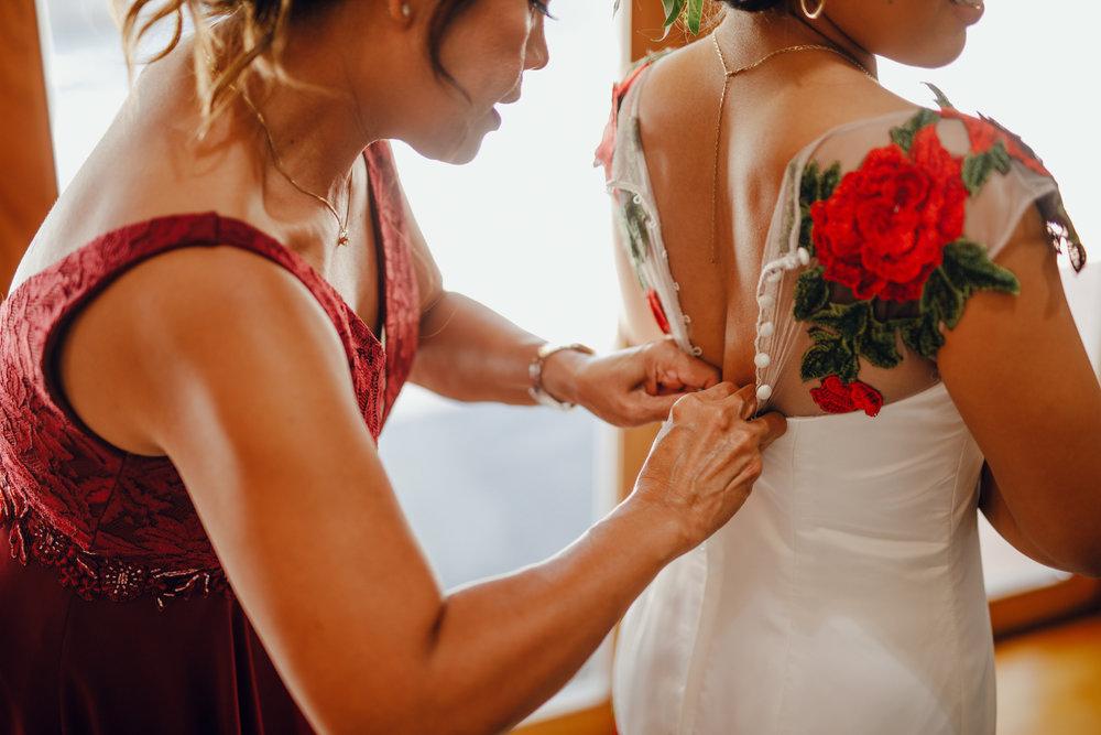 San Diego Wedding Photographer | bride getting ready for wedding