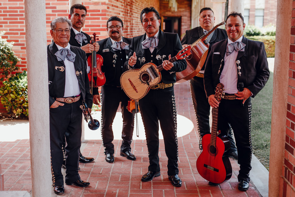 San Diego Wedding Photographer | Mariachi band at a wedding