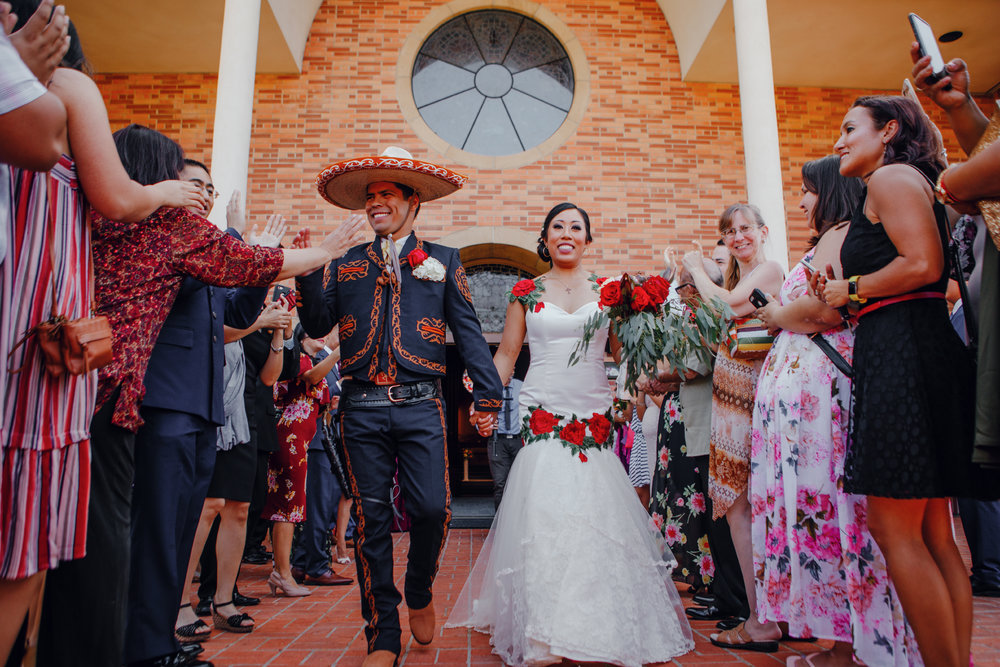 San Diego Wedding Photographer | wedding grand exit