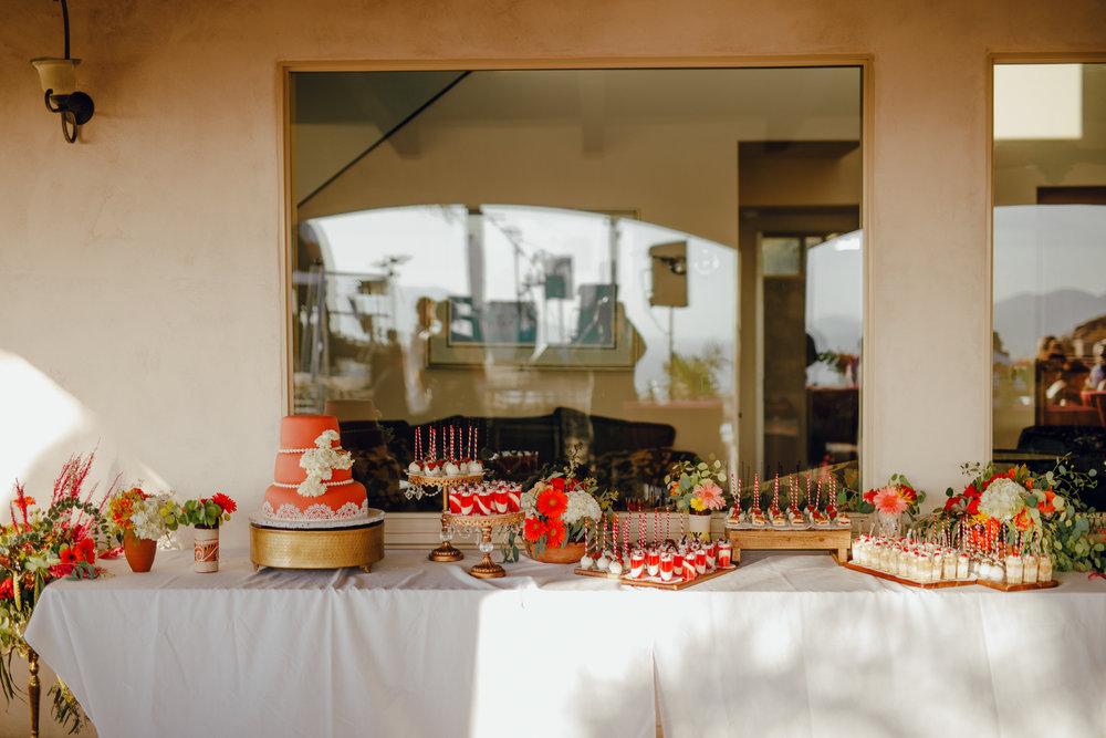 San Diego Wedding Photographer | wedding desert table