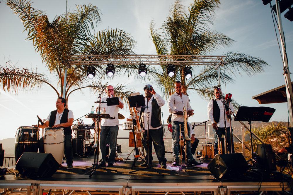 San Diego Wedding Photographer | wedding band performing