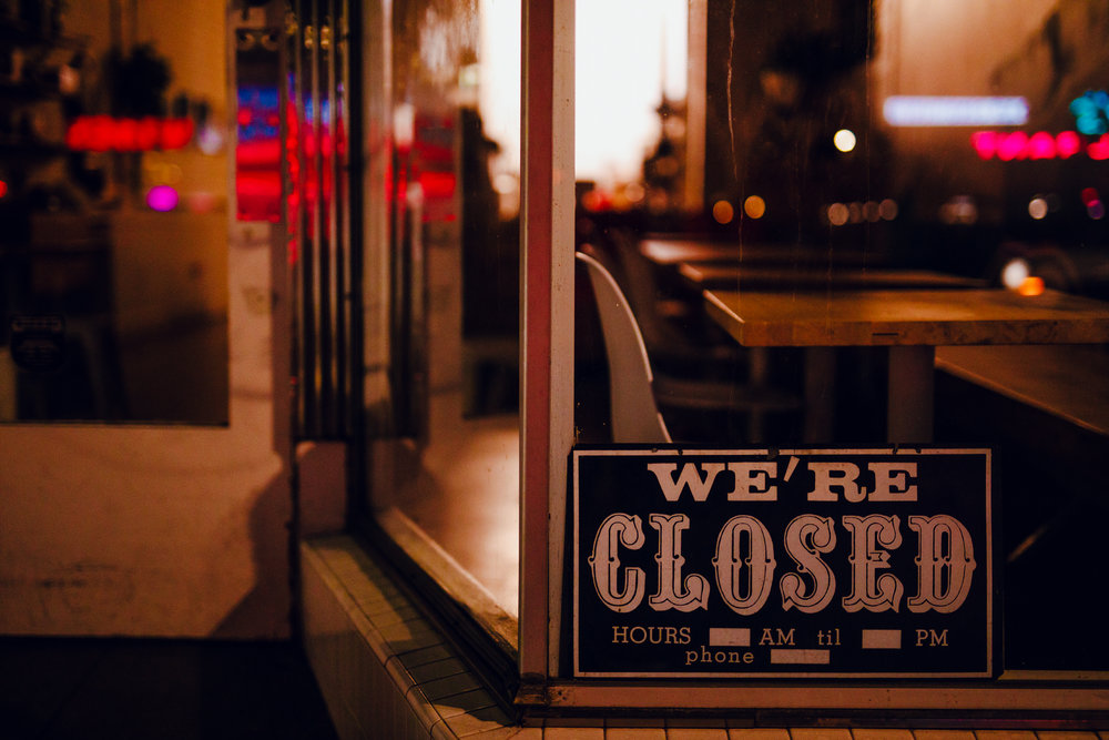 San Diego wedding photographer | closed sign