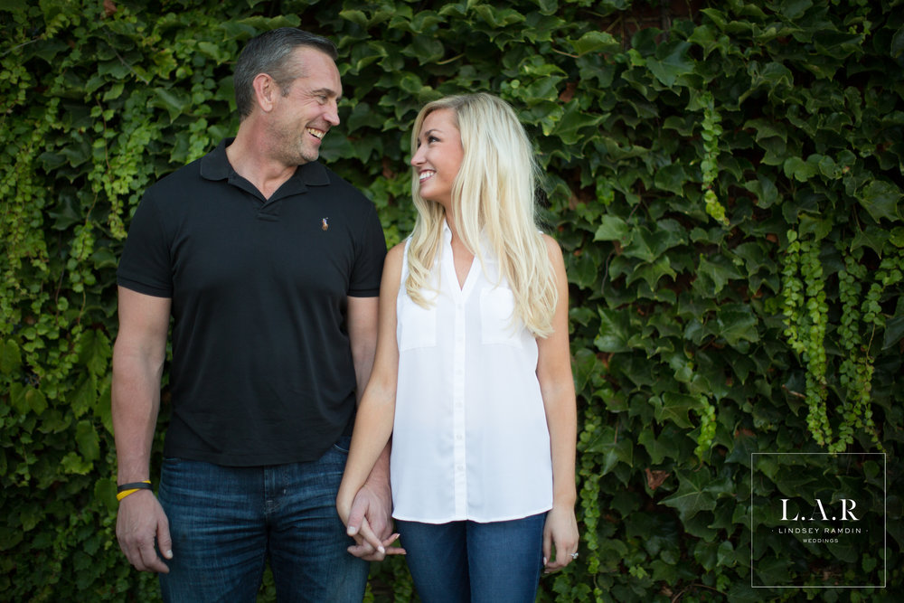 Downtown Youngstown Engagement Session | L.A.R. Weddings