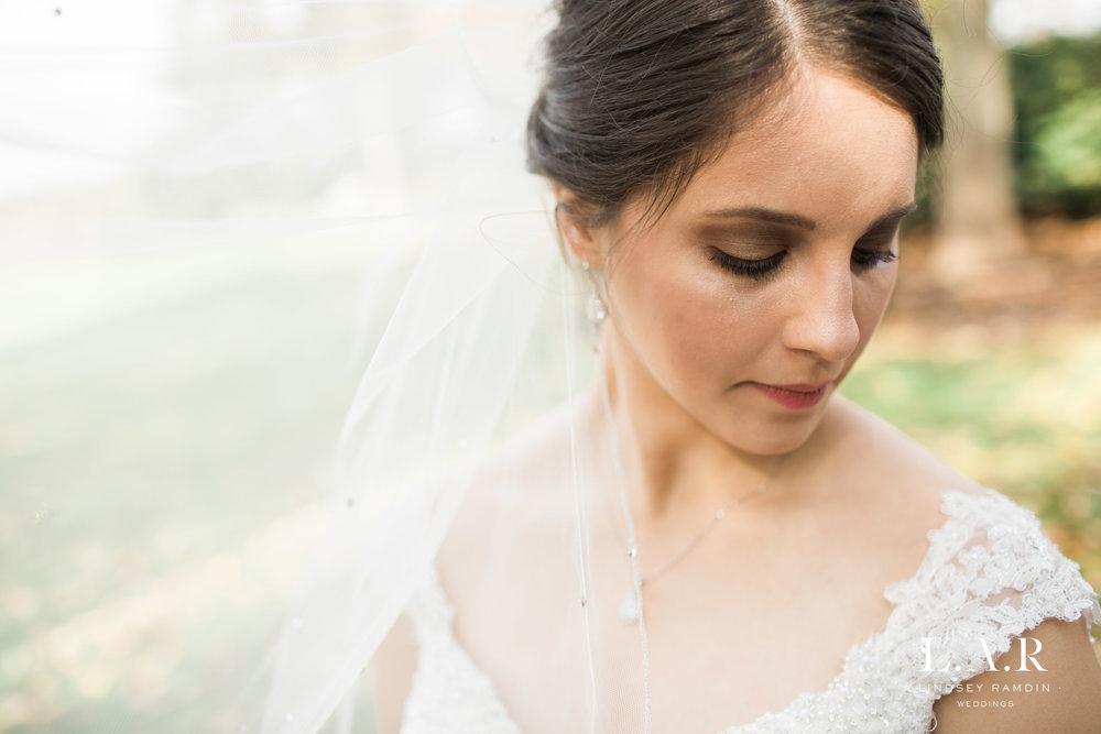 Ohio Wedding Photographer_Lindsey_Ramdin_Glenmoor-9.jpg