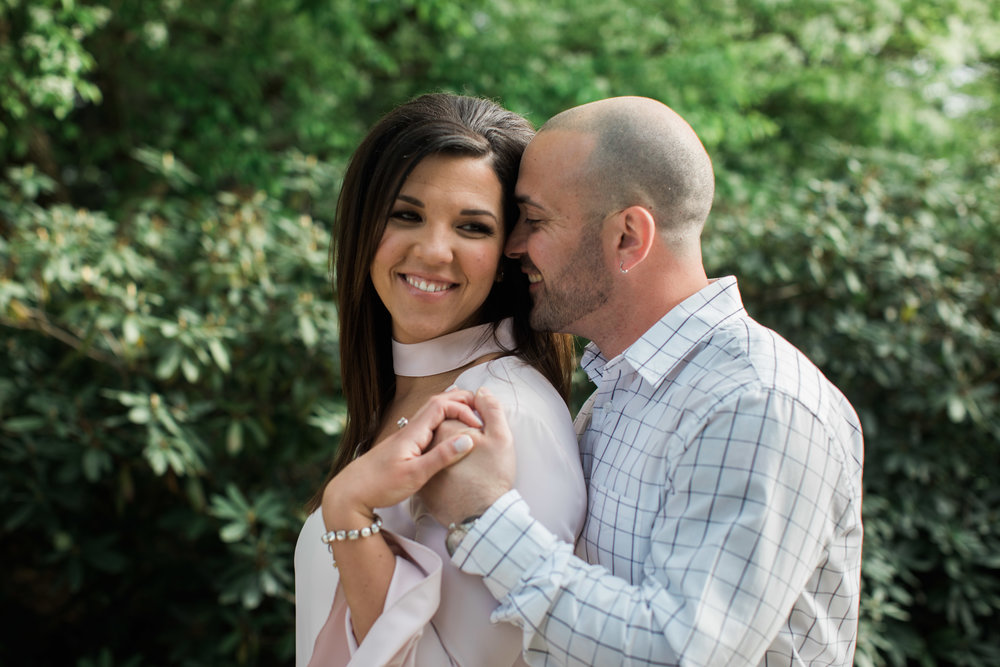 Youngstown_Engagement_Photo_Mill_Creek_Park
