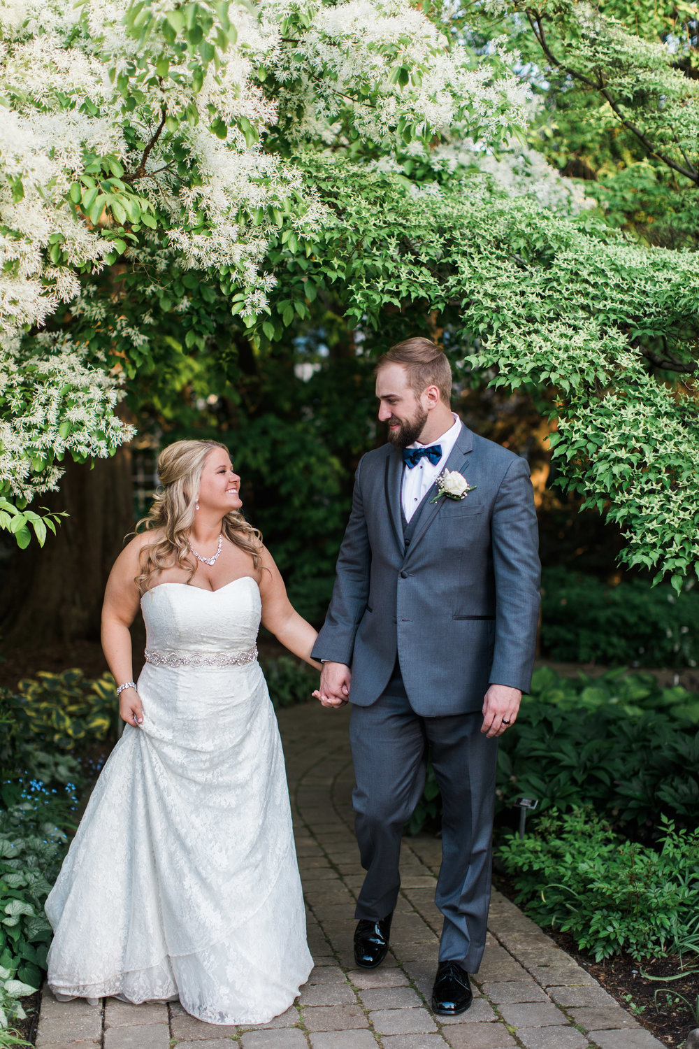 Youngstown_Wedding_Photographer_Lindsey_Ramdin