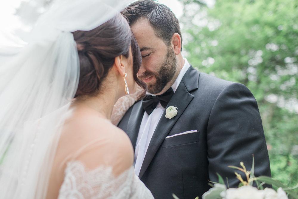 Poland Presbyterian Church & The Lake Club of Ohio Wedding_Lindsey Ramdin_LAR WEDDINGS