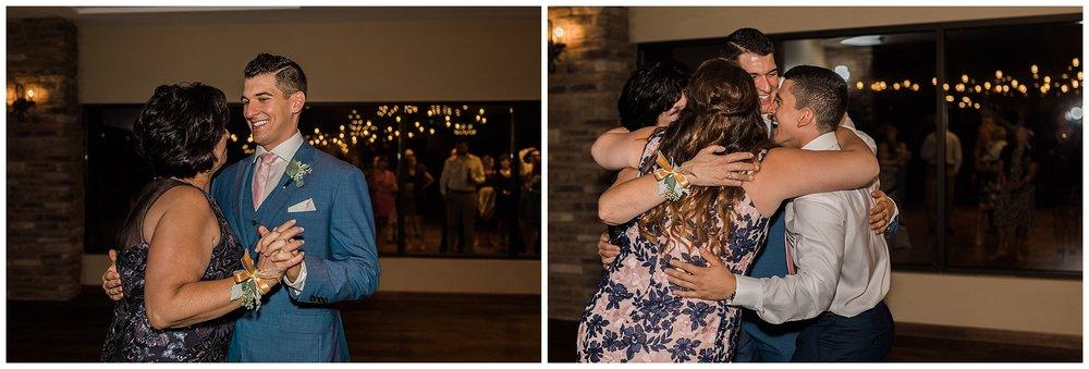 The Vineyards at Pine Lakes Wedding_Columbiana Ohio_L.A.R. Weddings