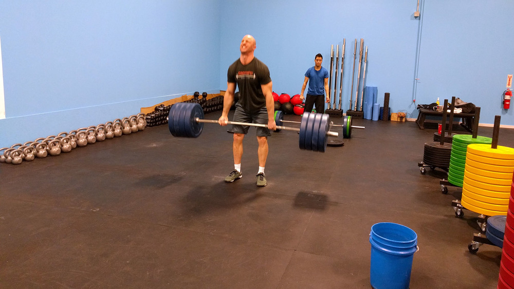 Dave finishing up his last set of 8 deadlifts @ 405lbs! #ridiculous