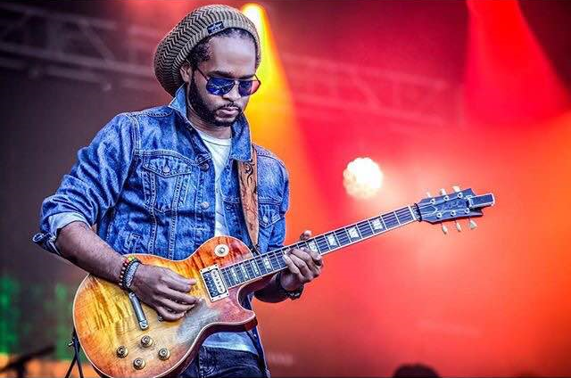 Ranoy Gordon live onstage with Stephen Marley on The Fruit Of Life 2016 summer tour.
