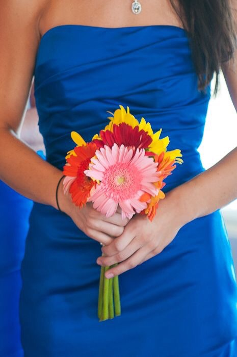 You don't want your bouquet to become a 'nailed it' meme!