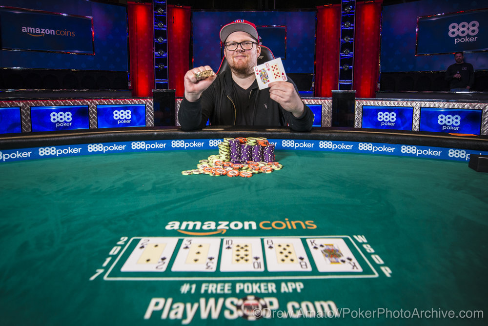 Chris Brammer Wins Event #45!_2017 WSOP_EV59_Day 1_Amato_DA66879.jpg