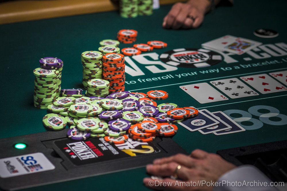 WSOP Chips_2017 WSOP_EV59_Day 1_Amato_DA61985.jpg