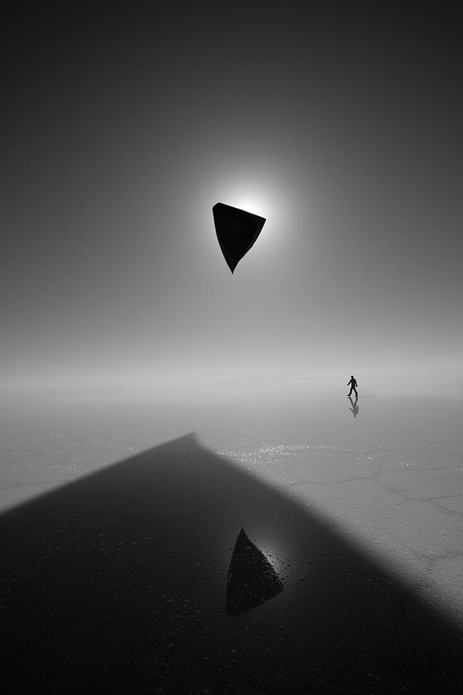 Eclipse of the Aerocene Explorer,  a performance in Salar de Uyuni, Bolivia in 2016