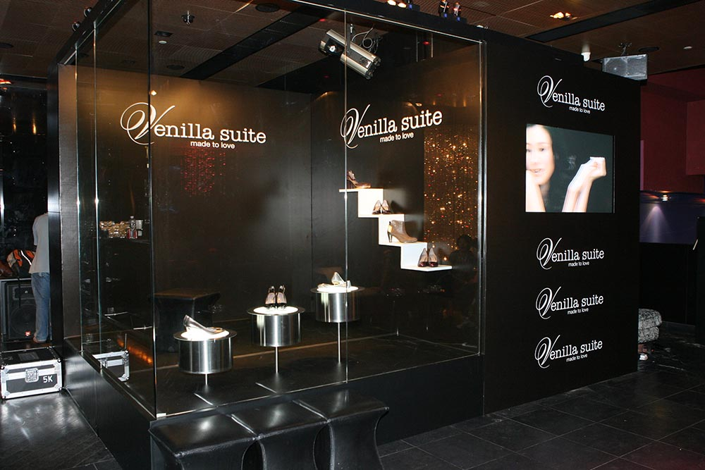 2006: Venilla suite Launch