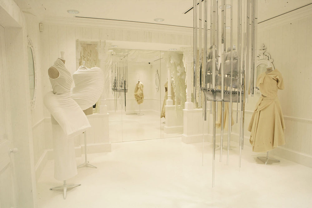 2007: COMME des GARÇONS Store
