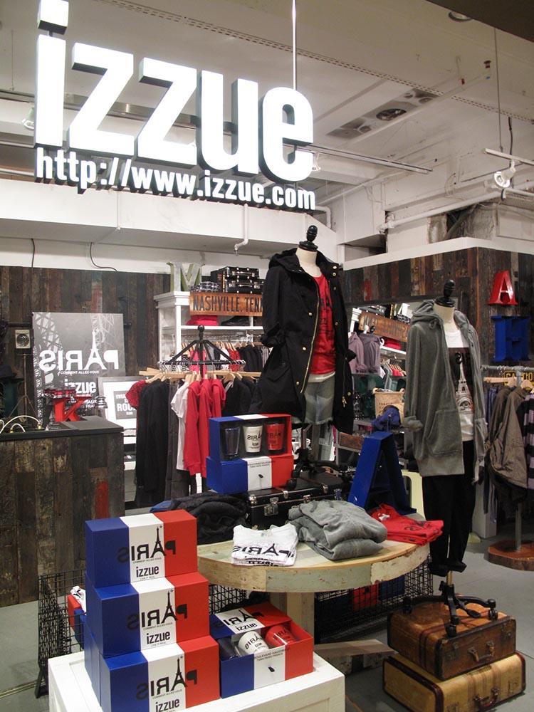 2009: izzue Store at Paris Lafayette