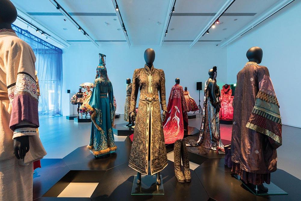 Tim Yip-Blue – Art, Costumes and Memory-2.jpg