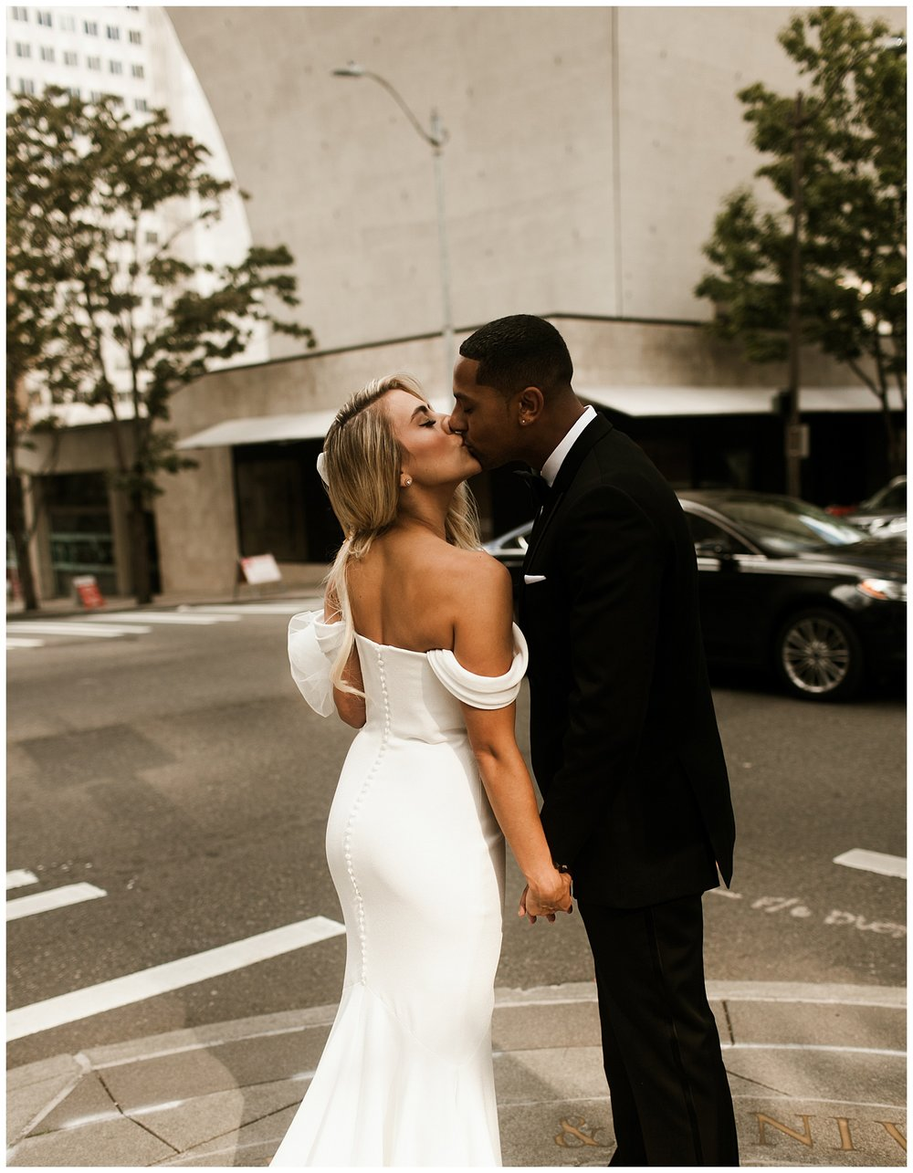 Fairmont Olympic Hotel Wedding_Elizabeth Zuluaga_Taylor & Caton_002.jpg
