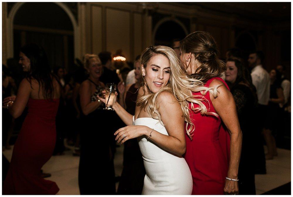 Fairmont Olympic Hotel Wedding_Elizabeth Zuluaga_Taylor & Caton_093.jpg