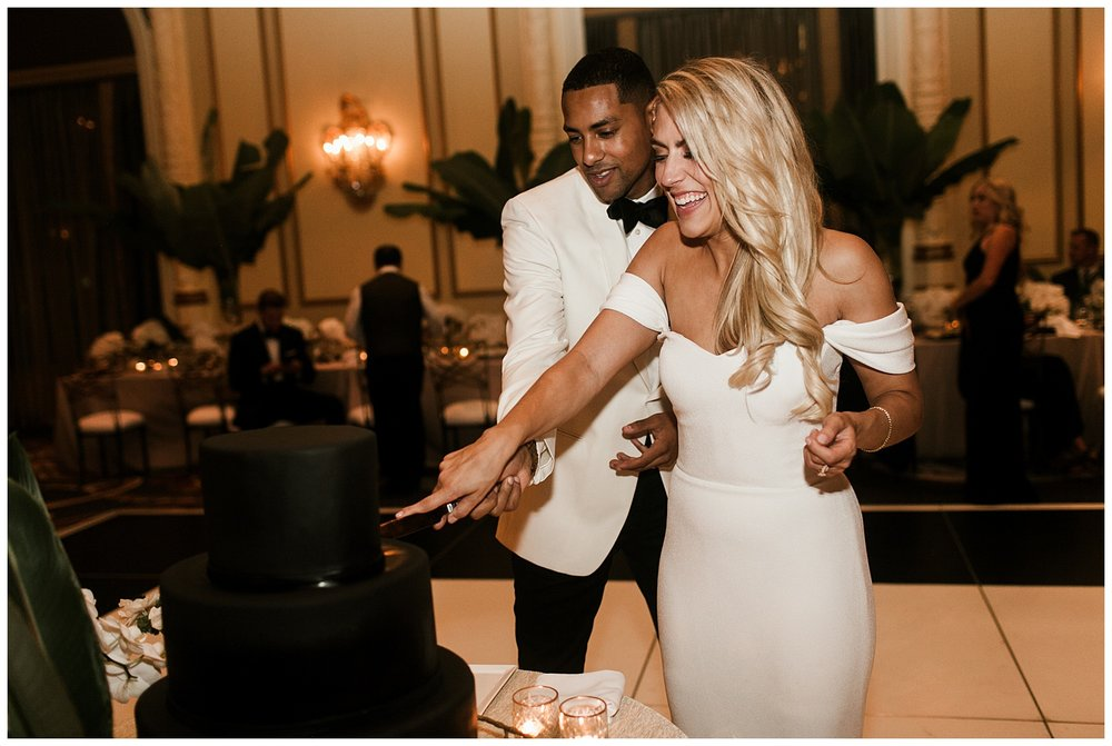 Fairmont Olympic Hotel Wedding_Elizabeth Zuluaga_Taylor & Caton_098.jpg