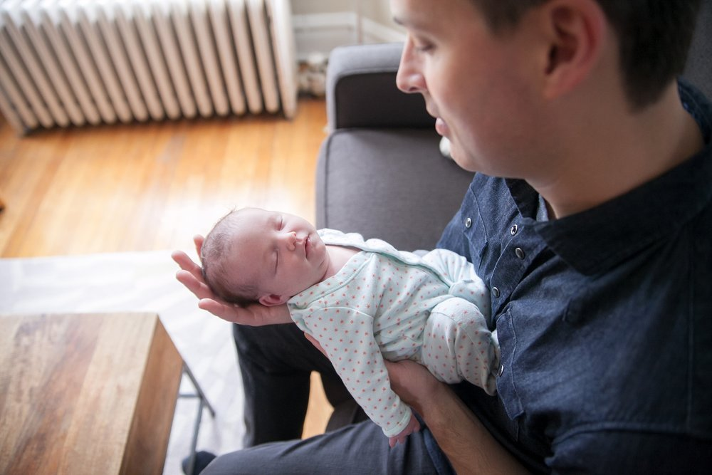 unposed newborn photography in chicago_0017.jpg