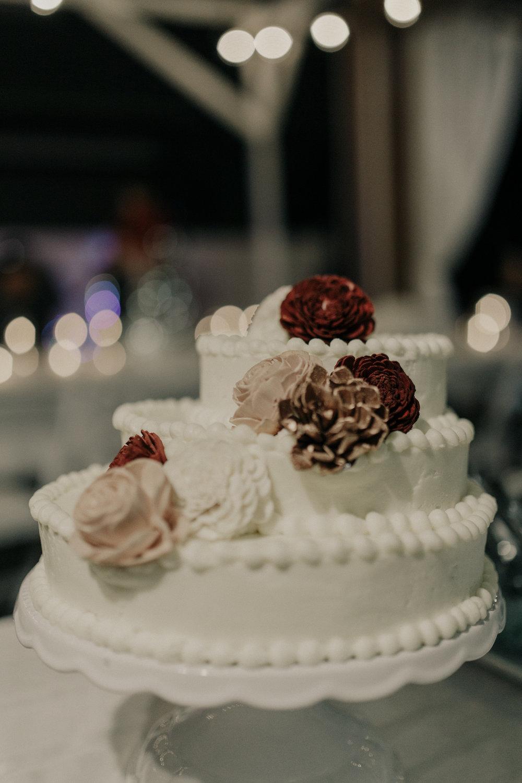 Wedding cake at a backyard wedding
