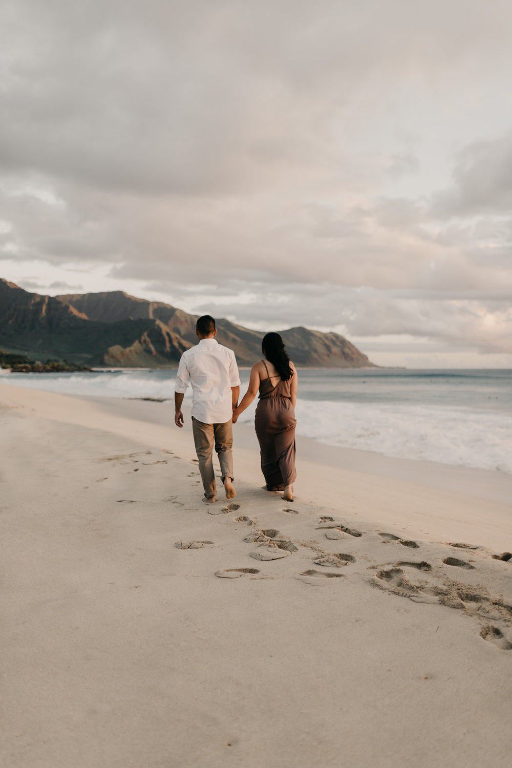 Yokohama Bay Engagement Pictures by Hawaii Photographer Desiree Leilani