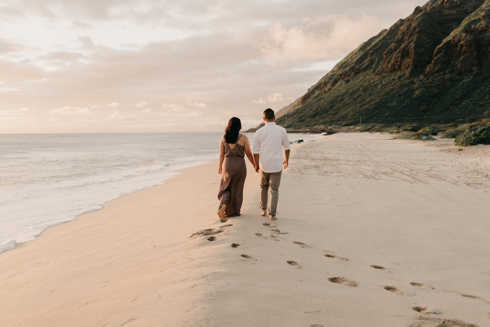 Gorgeous Yokohama Bay Sunset Engagements by Oahu Wedding Photographer Desiree Leilani