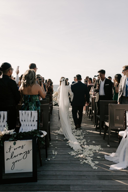 Father walking his daughter down the aisle | Merriman's Kapalua Maui wedding by Hawaii wedding photographer Desiree Leilani