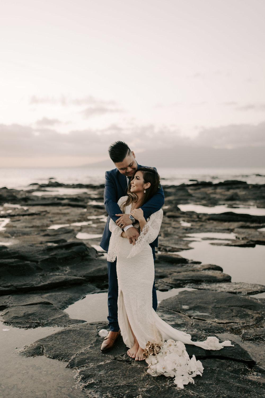 Beautiful Maui Wedding Photos | Merriman's Kapalua Maui wedding by Hawaii wedding photographer Desiree Leilani