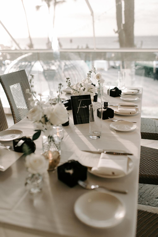Beautiful wedding reception tablescape | Merriman's Kapalua Maui wedding by Hawaii wedding photographer Desiree Leilani