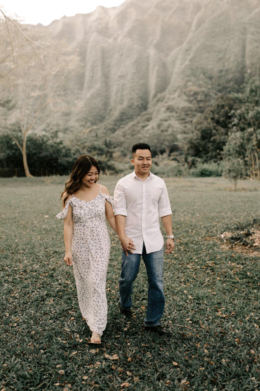 Beautiful Engagement Photos at Hoomaluhia Botanical Gardens by Hawaii Wedding Photographer Desiree Leilani