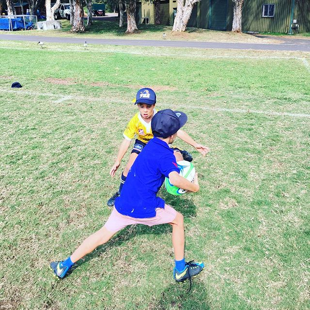 Day 3 was a great day! 1 on 1 tracking and tackling for the young fellas worked a treat 👌Confidence growing by the minute ⏱Jack and Hugo working hard in the ☀️ #YSA #yourskillsacademy #schoolholidaysportscamps #sportscamps #rugbyunion #rugby