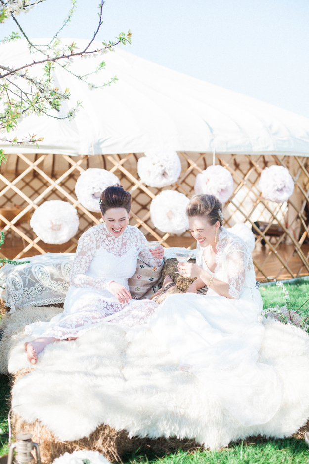 Wedding-Yurts--Xander-and-Thea-Fine-Art-Wedding-Photography-UK-and-Italy-5862