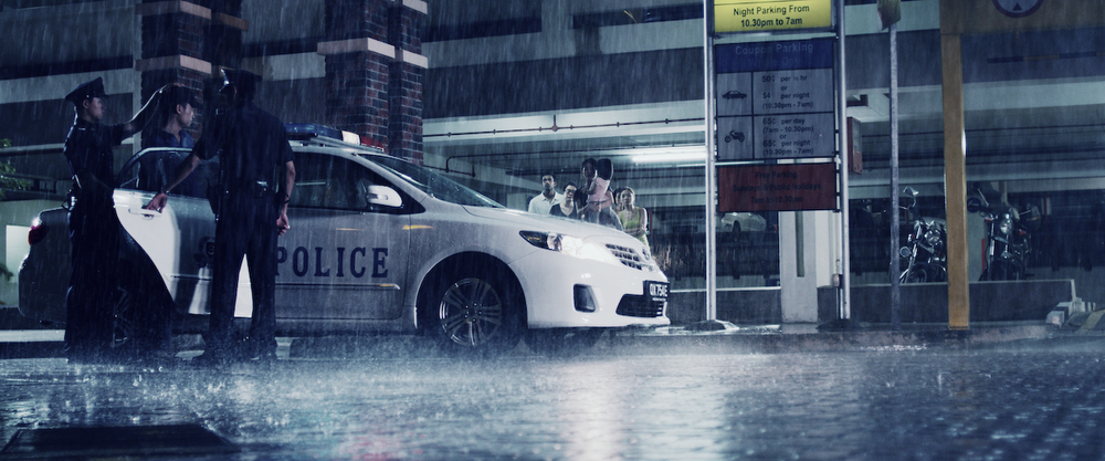 0039_Wide shot police car.jpg