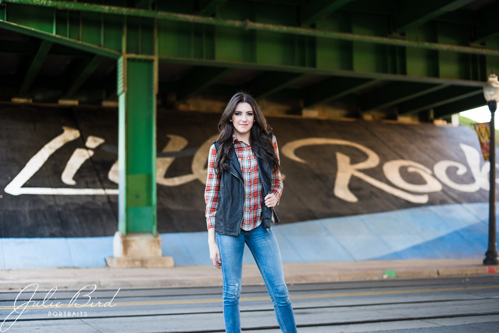 arkansas photographer senior portraits high school seniors