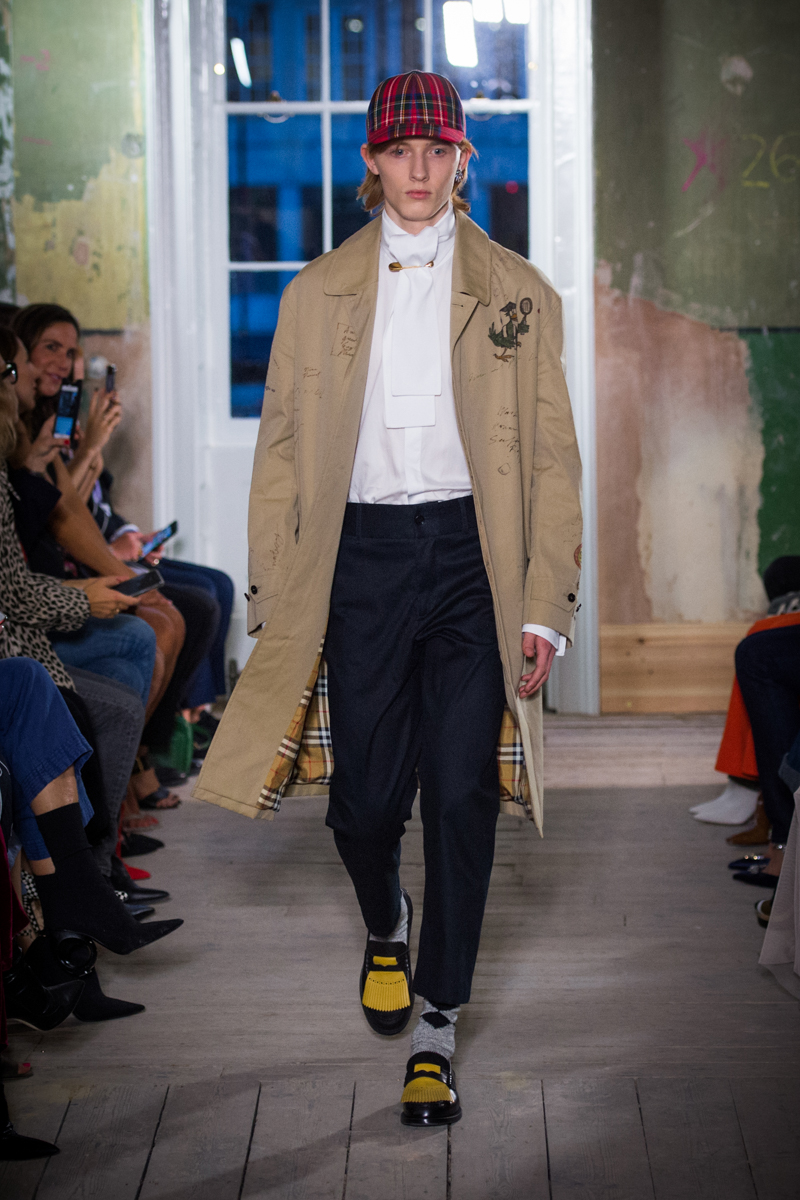 Burberry September 2017 Collection - Look 14_001.jpg