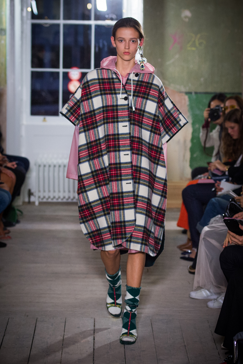 Burberry September 2017 Collection - Look 78_001.jpg