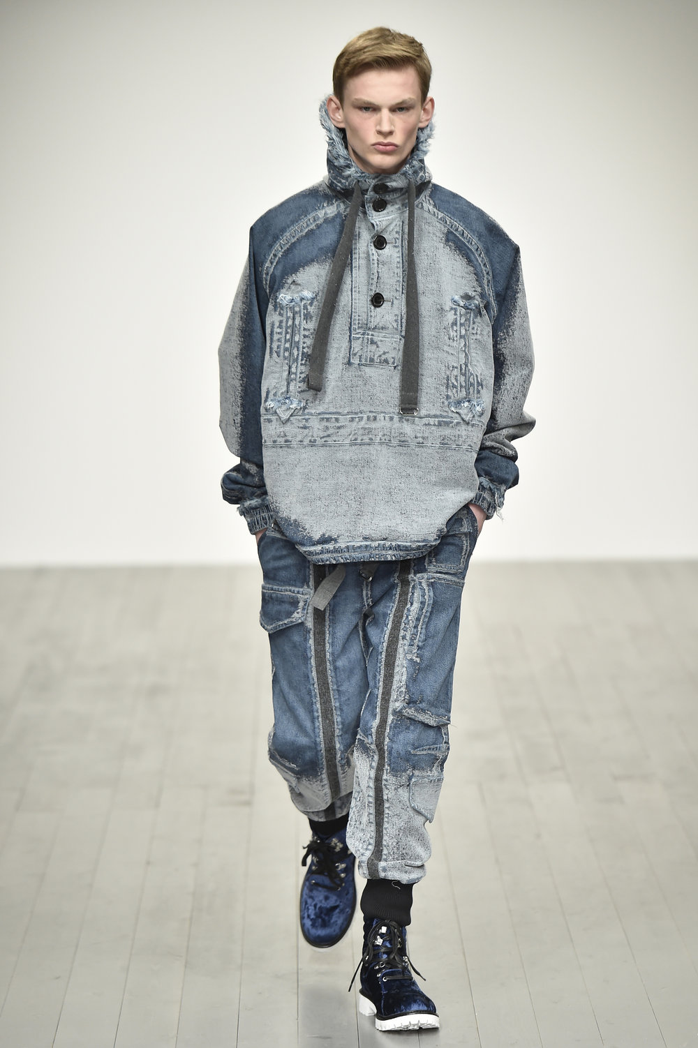 PRONOUNCE AW18-LOOK 14S.jpg