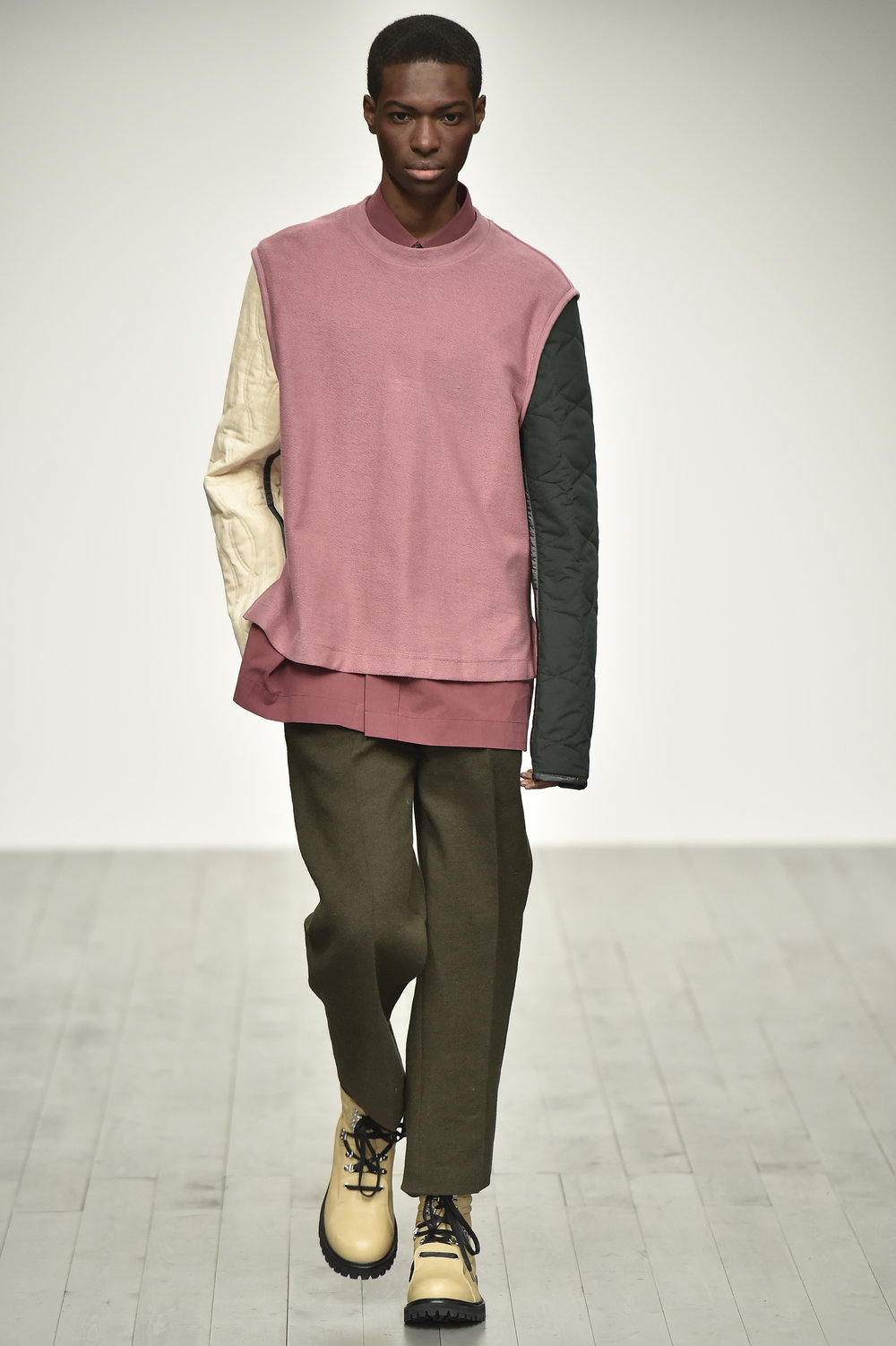 PRONOUNCE AW18-LOOK 25S.jpg