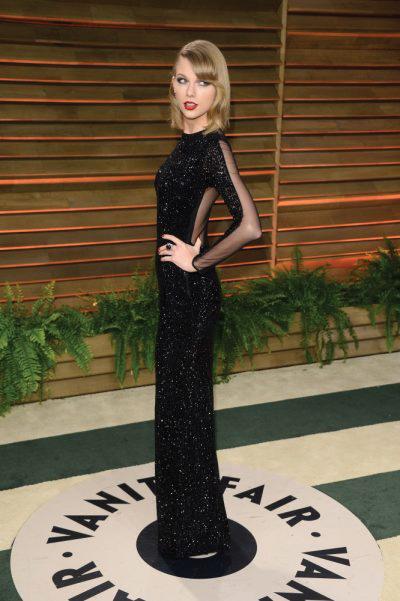 Taylor Swift at Vanity Fair oscar party Wearing Julien Macdonald