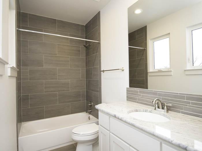 5001-B-Woodrow-2nd-Bath-2.jpg