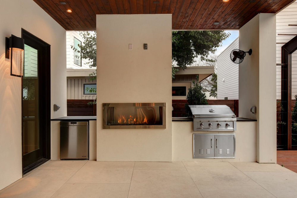 705 W Monroe St-large-044-55-Rear Exterior 013-1499x1000-72dpi.jpg
