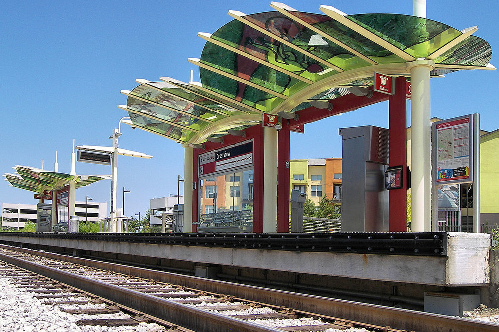 1200px-Crestview_station_2012.jpg